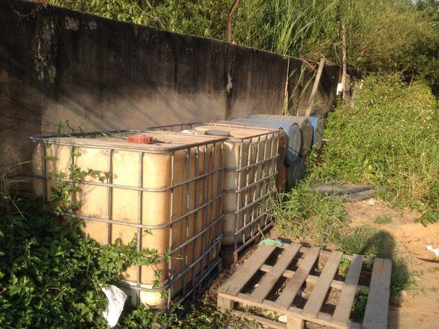 Khu vực chứa xăng, dầu để đánh tráo sau khi xe bồn bị
