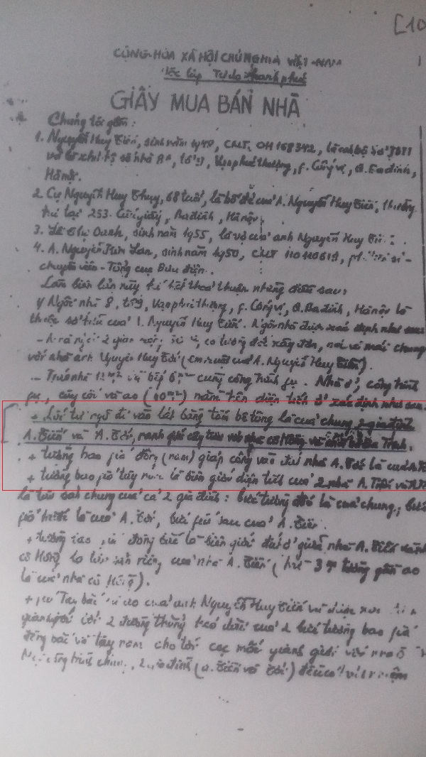 Trong giấy mua bán nhà nêu rõ lối đi này là của riêng 2 gia đình số 30 và 32.