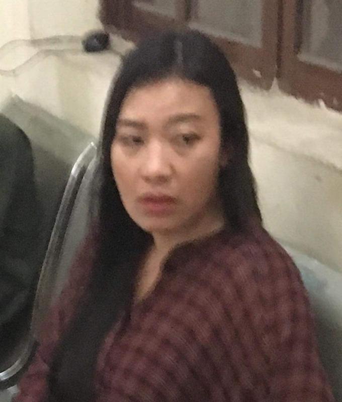 Người phụ nữ điều khiển xe ô tô BMW gây tai nạn liên hoàn trên đường Nguyễn Trãi.