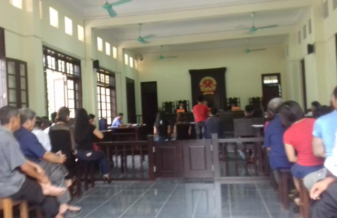 Xét xử bị cáo Vàng A Pó (SN 1967, trú tại bản Hồi Hương, xã Mường Nhà, huyện Điện Biên) về tộigiết người.