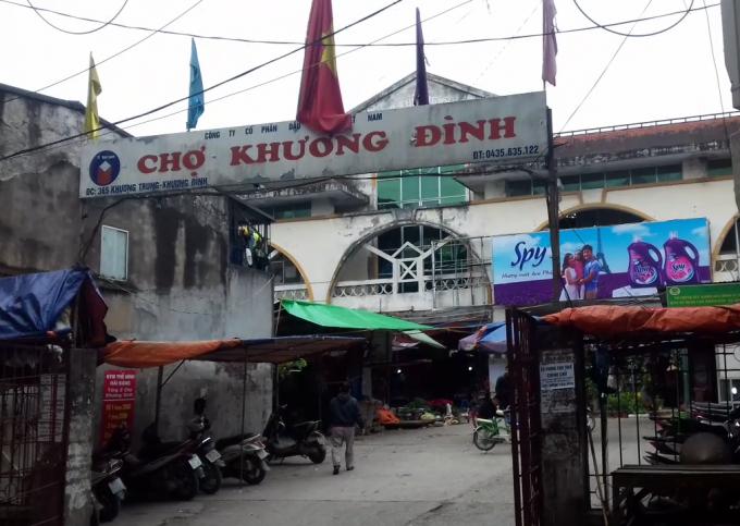 Chợ Khương Đình.