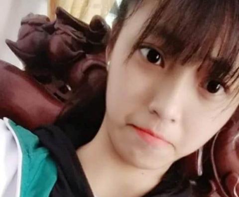 Nữ sinh Nguyễn Thị Bích Vy bị mất tích sau buổiập văn nghệ tại trường. Arnh Facebook nhân vật.