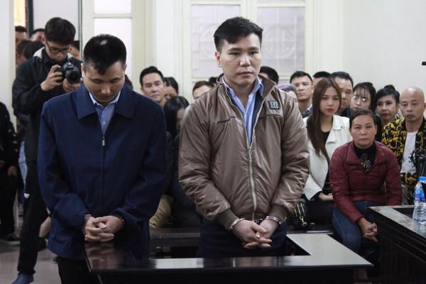 Châu Việt Cường cùngđộng phạm tại tòa.