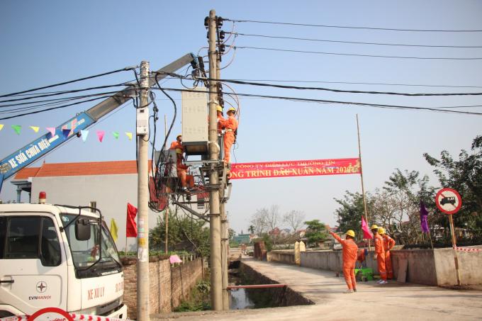 EVNHANOI triển khai sửa chữa, sổ xung công xuất cho các dự án trung hạ thế