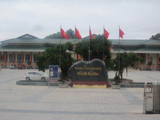 Trung tâm hội nghị Hàm Rồng, phường Hàm Rồng, TP. Thanh Hóa.