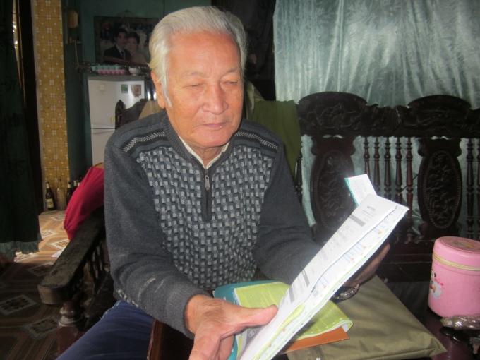 Ông Nguyễn Duy Trung đang chia sẻ cơ duyên đến với nghề thuốc.