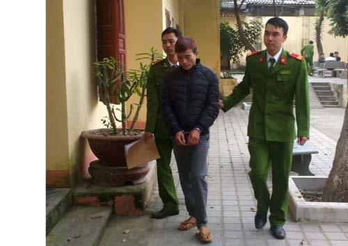Đối tượng Doãn Đình Chiến tại Cơ quan công an.