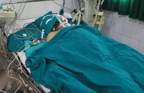 Nạn nhân xấu số đã tử vong, gia đình cho rằng ông bị đánh chết do đa chấn thương.