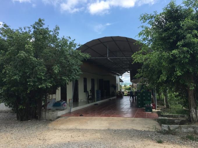 Khu nhà cấp 4 kiên cố được cho là Nhà điều hành của gia đình ông Quyền.