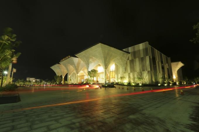 """Trung tâm hội nghị Quốc tế FLC Quy Nhơn – nơi diễn ra đêm nhạc Đàm Vĩnh Hưng """"Biển tình""""."""