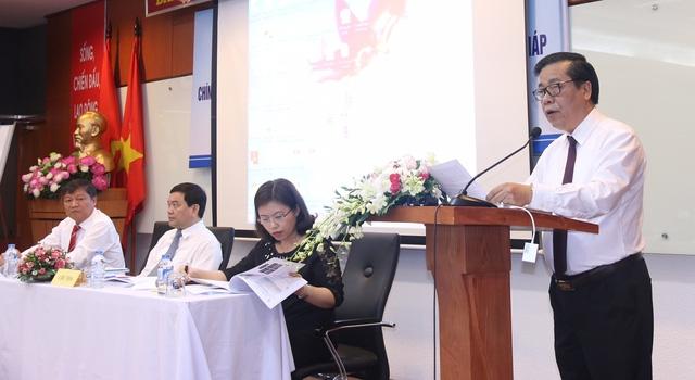 """Hội thảo khoa học với chủ đề """"Chính sách kiều hối của Việt Nam trong thời gian qua - Thực trạng và giải pháp""""."""