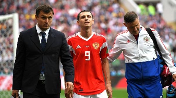 Alan Dzagoev dính chấn thương. Ảnh: Goal