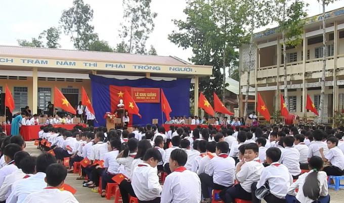 Quang cảnh buổi Khai giảng tại Trường THCS Vị Thắng.