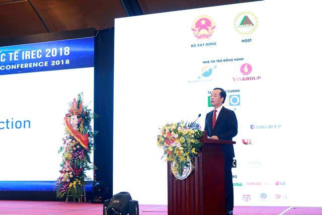 Bộ trưởng Phạm Hồng Hà phát biểu tại Hội nghị. Ảnh: Bộ Xây dựng