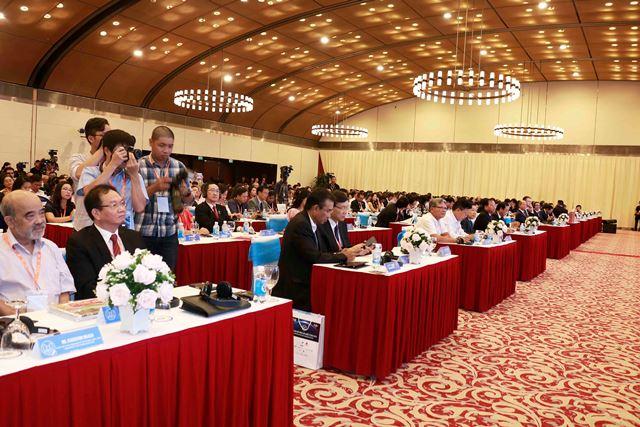 Hội nghị thu hút đông đảo chuyên gia, khách mời trong nước, quốc tế.Ảnh: Bộ Xây dựng