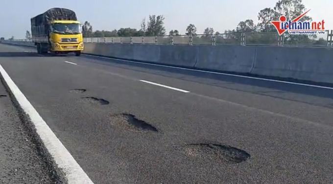 VEC chậm trễ trong việc xử lý hư hỏng mặt đường cao tốc Đà Nẵng - Quảng Ngãi
