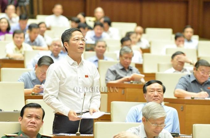 Bộ trưởng Bộ Công thương Trần Tuấn Anh. Ảnh quochoi.vn