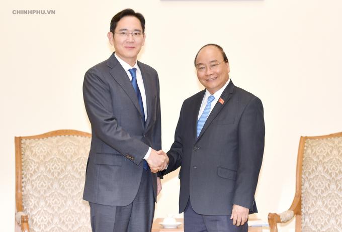 Thủ tướng tiếp Phó Chủ tịch Tập đoàn Samsung. Ảnh: VGP