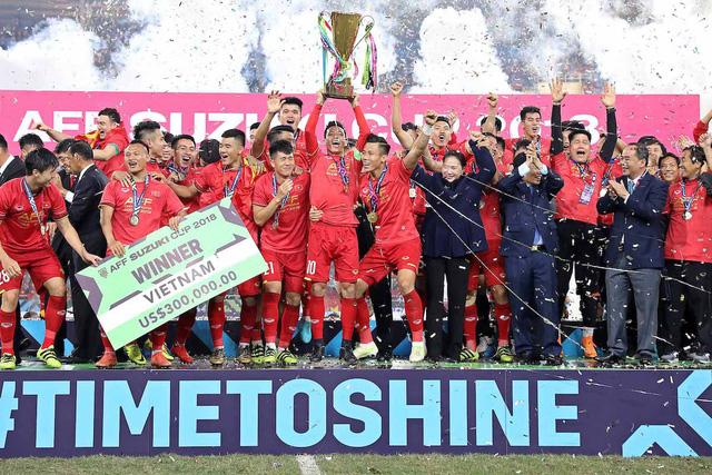 Đội tuyển Việt Nam lên ngôi vô địch AFF Cup 2018 đầy thuyết phục.