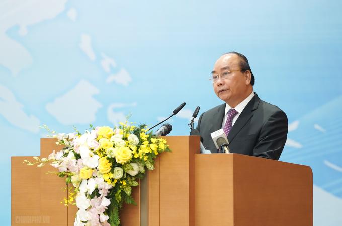 Thủ tướng Chính phủ Nguyễn Xuân Phúc phát biểu khai mạc hội nghị. (Ảnh: VGP/Quang Hiếu)