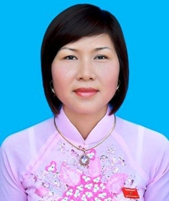 Bà Trần Thị Thuấn Hoa,