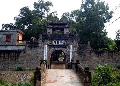 Cổng làng Ước Lễ.(Ảnh: Internet)