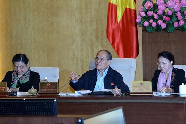 Chủ tịch Quốc hội Nguyễn Sinh Hùng phát biểu sáng 9/3.
