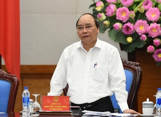 Thủ tướng Nguyễn Xuân Phúc chủ trì phiên họp Thường trực Chính phủ đầu tiên.