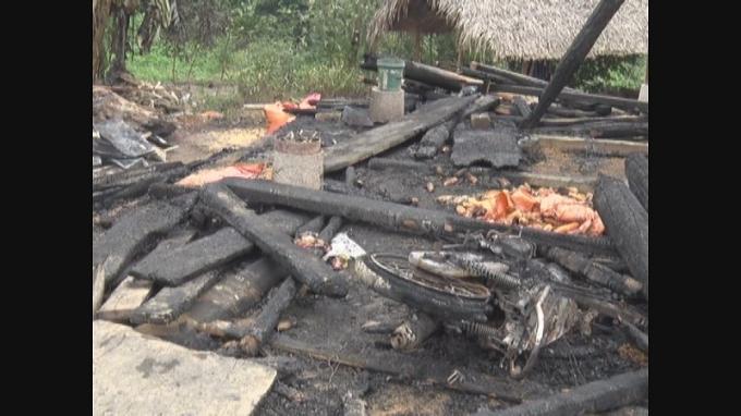 Hỏa hoạn xảy ra tại xã Tiên Yên. (ảnh: Đức Họ)