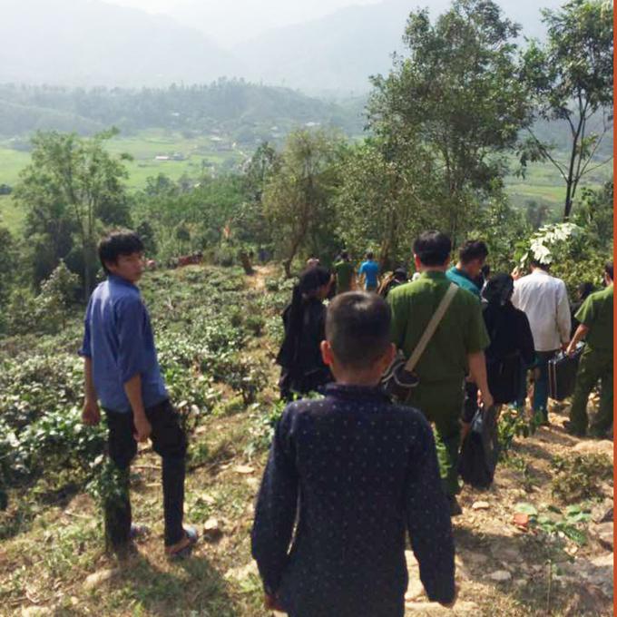 Hà Giang: Phát hiện thi thể người phụ nữ chết trong tình trạng bị trói ở gốc cây