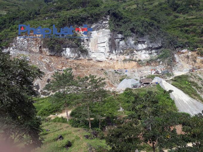 Tại huyện Xín Mần, tình trạng khai thác đá trái phép diễn ra phức tạp.