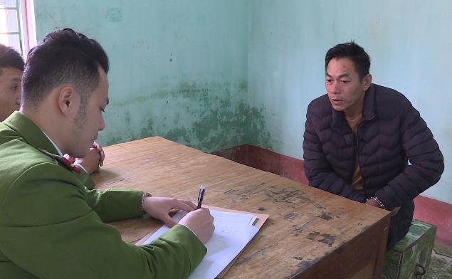 Đối tượng Thuận tại cơ quan công an.