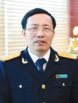 Tổng cục trưởng Tổng cục Hải quan Nguyễn Văn Cẩn.