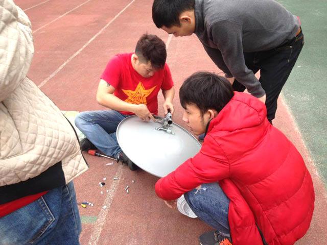 Âm thanh, tín hiệu được chuẩn bị kỹ càng trước giờ bóng lăn.