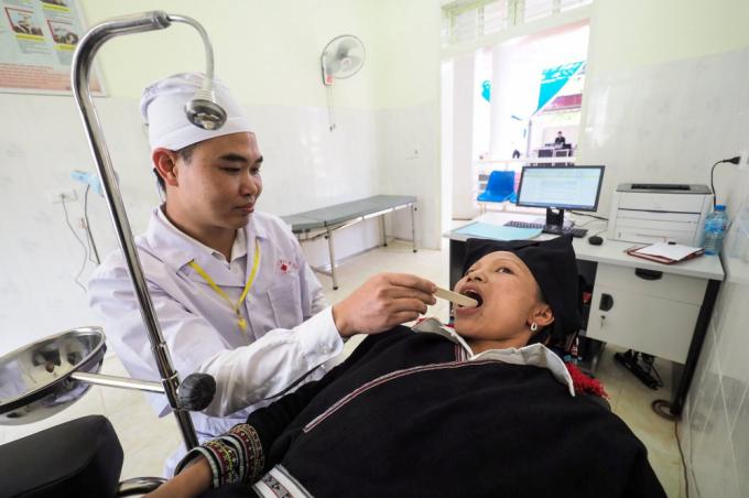 Chăm sóc sức khỏe cho người dân ở vùng cao, xã Chiềng Yên, huyện Vân Hồ, tỉnh Sơn La (Nguồn: EU Health Facility Vietnam)