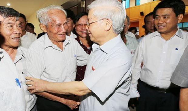Tại các cuộc tiếp xúc cử tri, Tổng Bí thư Nguyễn Phú Trọng nhiều lần nhấn mạnh, đấu tranh PCTN, không ai có thể đứng ngoài được, thế mới là thành công.