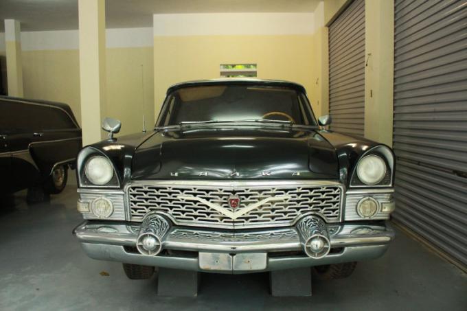 Chiếc xe TRAIKA phía Liên Xô tài trợ cho Việt Nam.