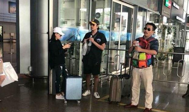 Hình ảnh được cho là Cát Phượng và Kiều Minh Tuấn tại sân bay.