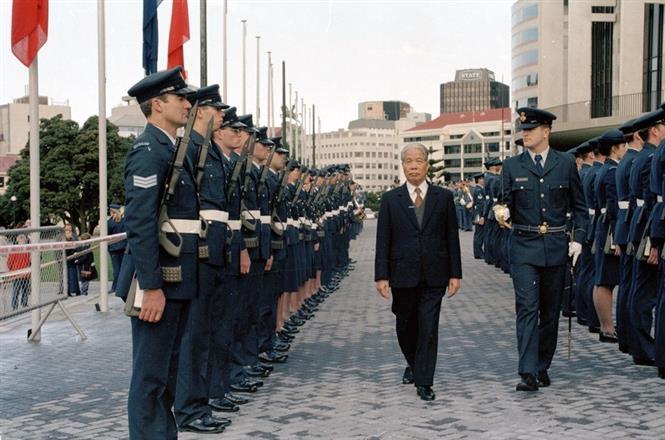 Lễ đón Tổng Bí thư Đỗ Mười thăm chính thức New Zealand (Tháng 7/1995). Ảnh: Xuân Lâm – TTXVN