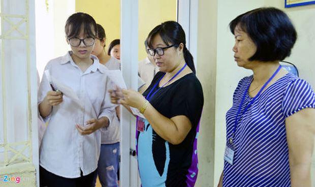 Học sinh thi vào lớp 10 ở Hà Nội năm 2018. (Ảnh: Zing)