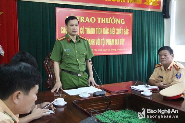 Đại tá Nguyễn Mạnh Hùng phát biểu tại lễ trao thưởng. Ảnh: Diễn Lộc