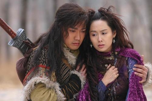 Nhiếp Viễn và Chu Nhân trong phiên bản 2006.