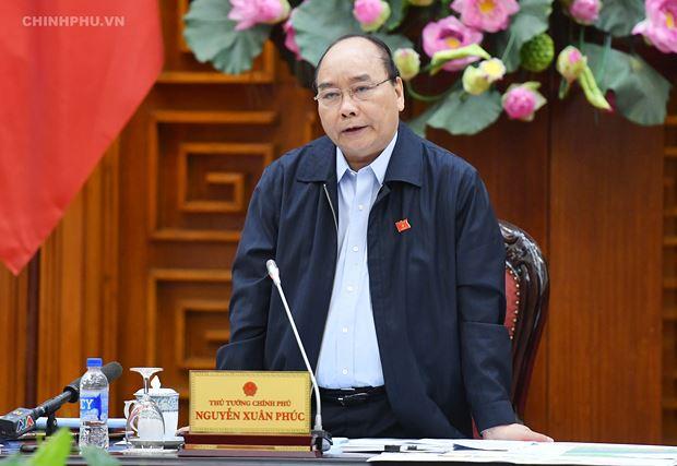 Thủ tướng cho biết sẽ quyết định khoản kinh phí cần thiết để hỗ trợ cho các tỉnh miền Trung giải quyết vấn đề cấp bách.