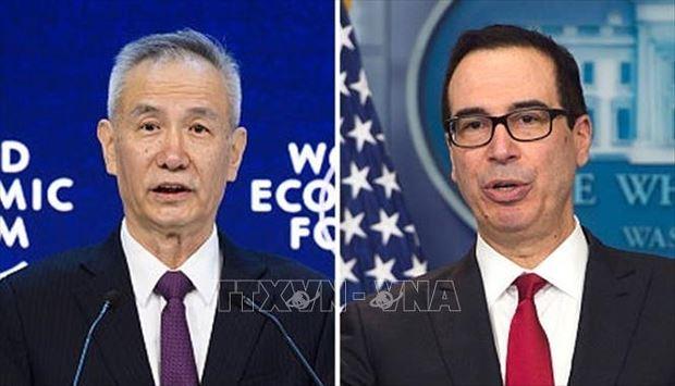 Phó Thủ tướng Trung Quốc Lưu Hạc (trái) và Bộ trưởng Tài chính Mỹ Steven Mnuchin (phải). Ảnh: China Plus/TTXVN