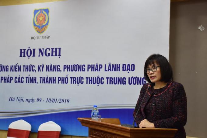 Thứ trưởng Đặng Hoàng Oanh tin tưởng Hội nghị tập huấn bồi dưỡng sẽ mang lại hiệu quả tích cực.