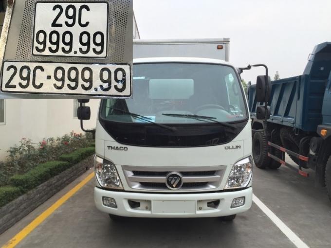 Cuối tháng 9/2018, cộng đồng mạng được phen xôn xao về thông tin chủ nhân một chiếc xe tải hiệu Thaco may mắn bốc được biển ngũ quý 9 siêu khủng 29C-999.99.(Ảnh: Báo Giao thông)