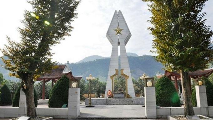 Đài Tưởng niệm Pò Hèn-nơi tưởng nhớ các anh hùng liệt sĩ đã hy sinh anh dũng trong cuộc chiến đấu bảo vệ biên giới phía Bắc.