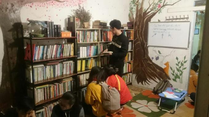 Dfree Book là nơi nhiều bạn trẻ tìm đến để đọc sách và mượn sách