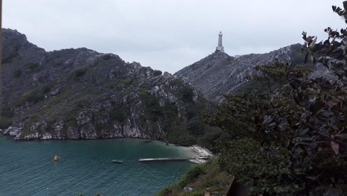 Đèn biển Long Châu- nơi tiền tiêu cửa ngõ Đông Bắc.