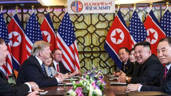 Hai đoàn đàm phán Mỹ- Triều tại Hà Nội.